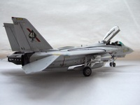 F14avf41_015